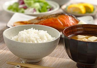 三菱電機最新機種炊飯ジャーで炊いた白ご飯の画像